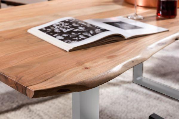 Esstisch Platte Akazie mit Baumkante Gestell silber