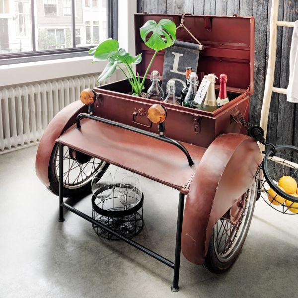 Getränkebox auf Rädern rot Vintage Unikat